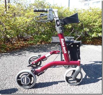 自動抑速ブレーキ付き歩行車