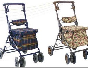 スーパーで買い物にぴったりのシルバーカー(歩行車)