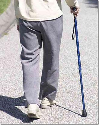 歩行補助器具(歩行車、杖、手すり)の高さ