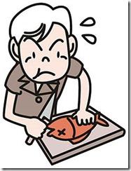 魚をさばく高齢者