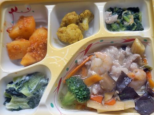 八宝菜とおかず4種